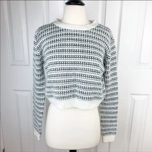 FOREVER 21 M Crop Sweater Top
